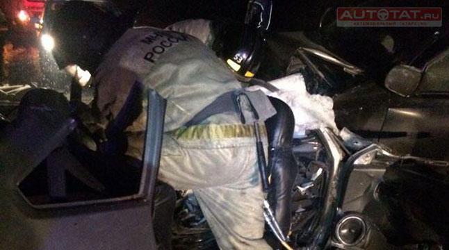 ГИБДД ищет очевидцев ДТП, вкотором погибли 5 человек