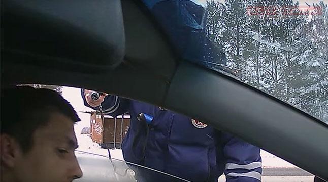 Уголовное дело наугрожавшего шоферу пистолетом инспектора вУдмуртии заводить небудут
