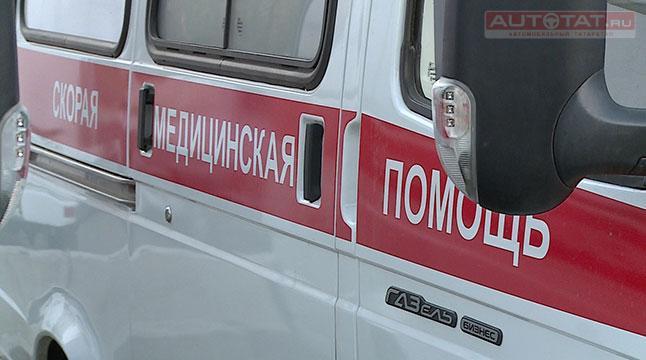 ВКазани девушка на Мазда задним ходом сбила старушку натротуаре