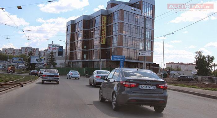 foto-nashih-devushek-v-transporte-i-na-ulitse-baron-smotret