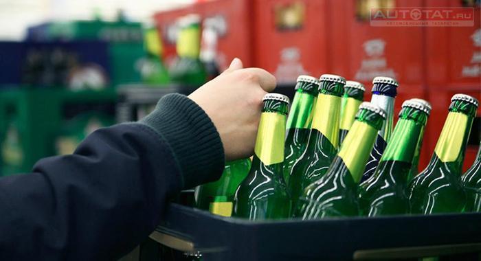 Независимый топливный союз просит вернуть наАЗС реализацию спиртных напитков